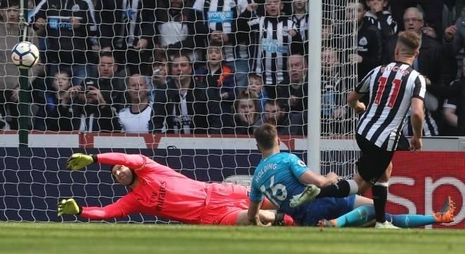Arsenal leva virada do Newcastle pelo Campeonato Inglês