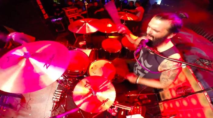 Baterista do Scalene compartilha drumcam de performance no evento