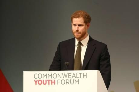 Príncipe Harry assume cargo de embaixador da juventude
