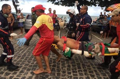 Turista é atacado por tubarão em praia do Grande Recife
